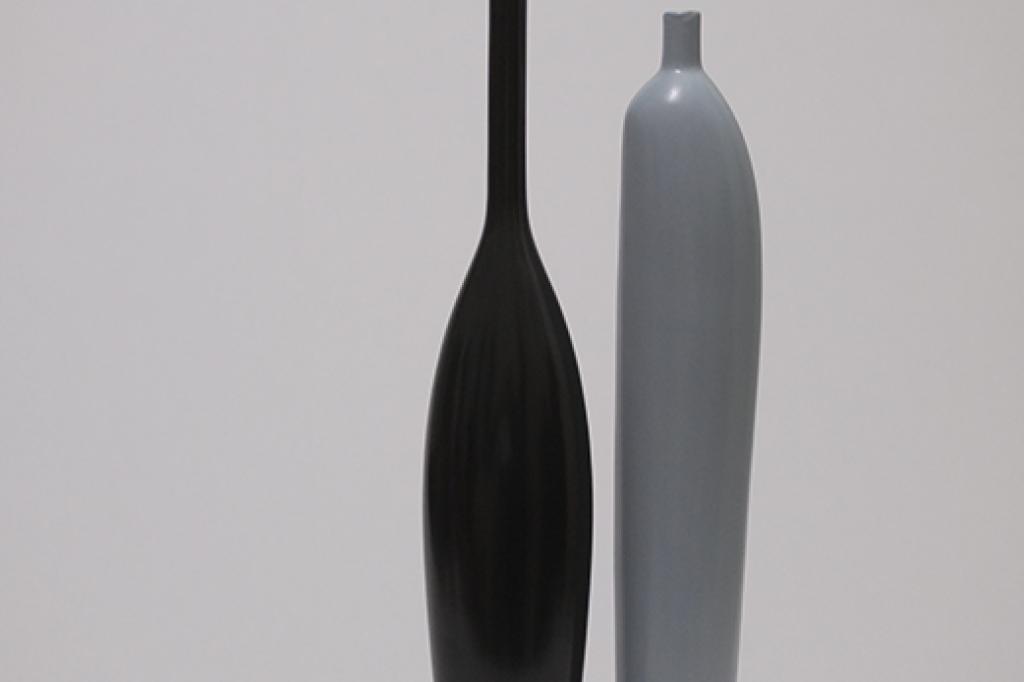 Bestie 2-piece sleek ceramic vase set, light and dark gray